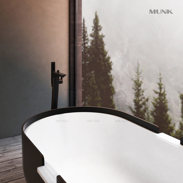 Matte Black Floorstanding Bathtub Mixer